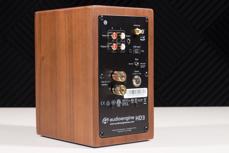 مراجعة مكبرات الصوت Audioengine HD3 اللاسلكية الجديدة