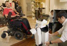 روبوت تويوتا الجديد طفرة في مساعدة ذوي الاحتياجات الخاصة