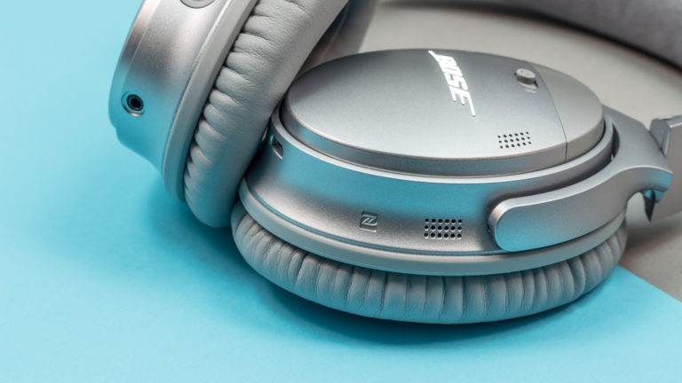 مأخذ الشحن سماعة Bose QuietComfort 35 II