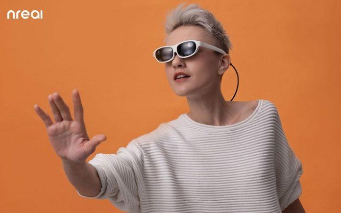 نظارة الواقع المعزز Nreal