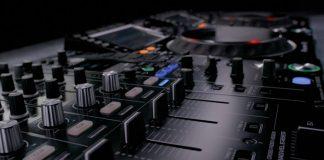 Pioneer DJ's CDJ-2000NXS2 new firmware update 1.6