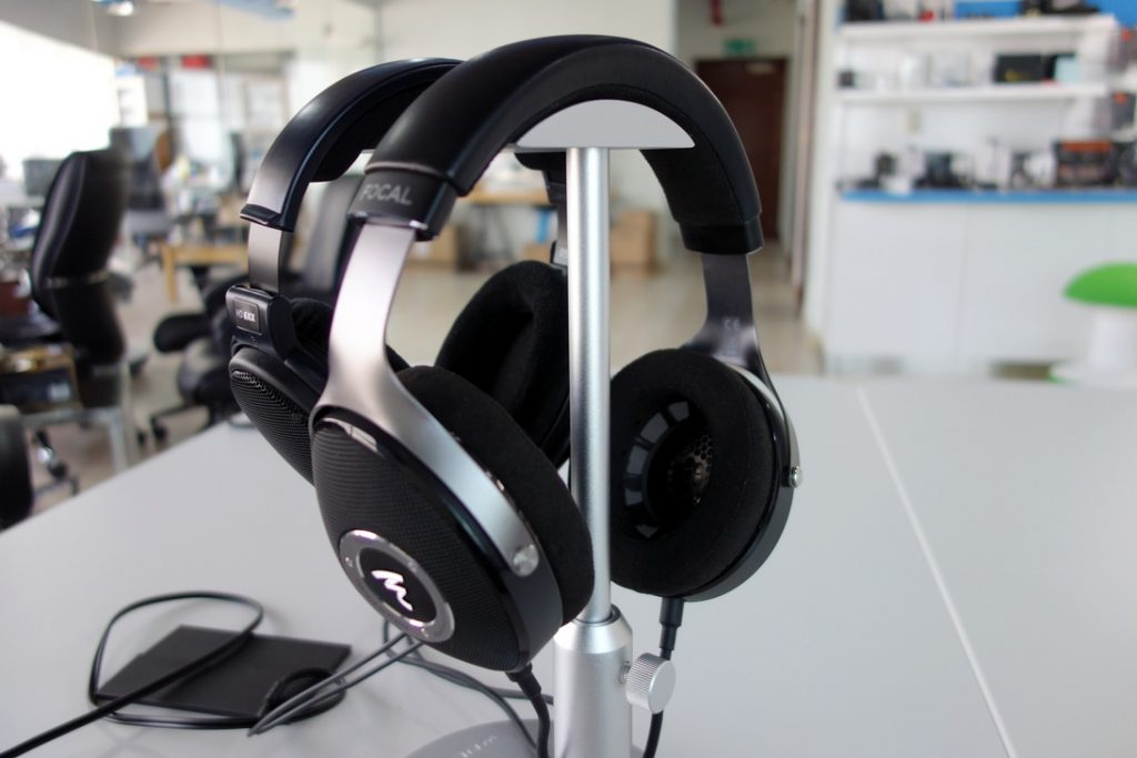 focal-elear-with-sennheiser-HD650