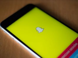Save SnapChats without notifying the sender