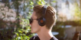 B&B Pure headphones Cover